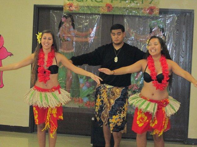 Luau Party Dancers 1