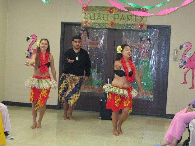 Luau Party Dancers 2
